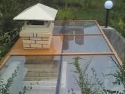 Стеклянная крыша над барбекю