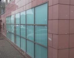 Остекление фасада здания перинатального центра «Мать и Дитя»