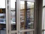 Алюминиевая дверь в перинатальном центре