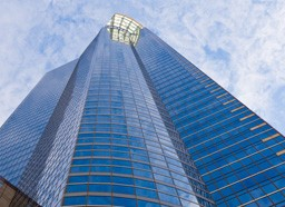 Алюминиевые конструкции: остекление фасадов зданий